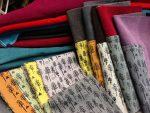 Verhoilukankaita, pakanpäitä, leikkuusoiroja ja käsinpainettua uniikkia kangasta